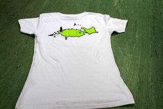 T-paita painatuksella