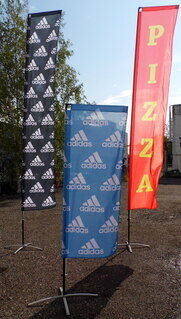 Nelikulmaiset liput Adidas