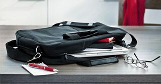 kokous laukku